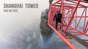 Jeżeli masz lęk wysokości to nawet tego nie oglądaj – Rosjanie na Shanghai Tower