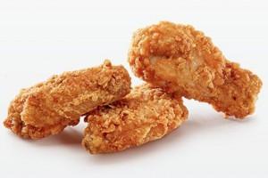 Jak jeść skrzydełka kurczaka?