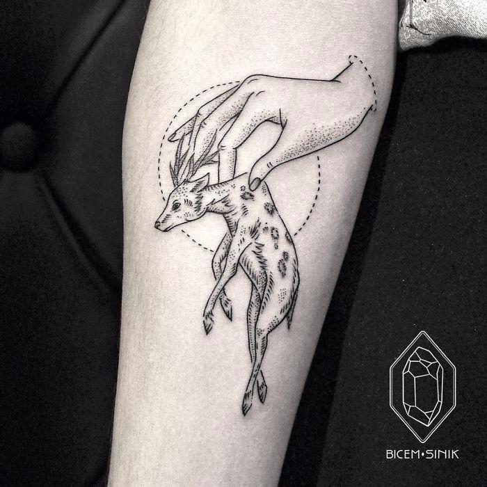 30 Minimalistycznych Geometrycznych Tatuaży Które Są Dowodem Na To