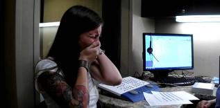 Zobacz reakcję dziewczyny, która po raz pierwszy zyskała możliwość wykorzystania swojego zmysłu słuchu.